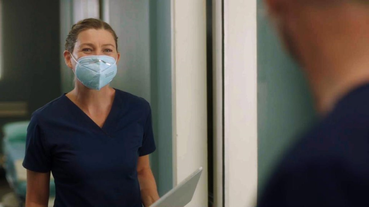 Ellen Pompeo S17 Greys