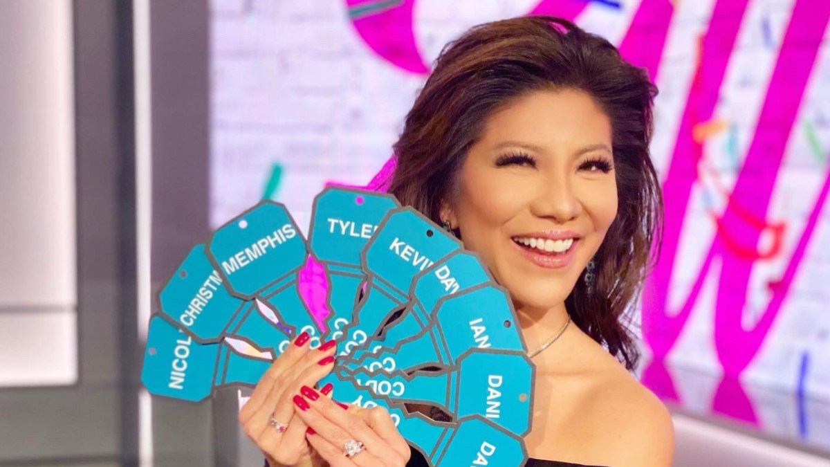 Julie Chen Keys