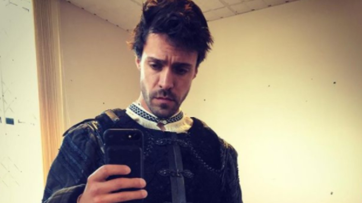 Olly Rix takes a selfie on the set of The Spanish Princess