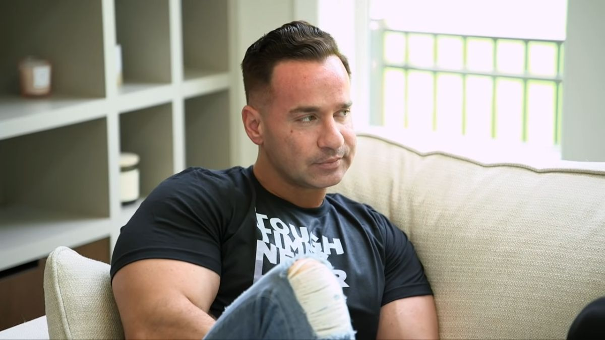 """Mike """"The Situation"""" Sorrentino during a sneak peek of Jersey Shore Family Vacation season 4"""