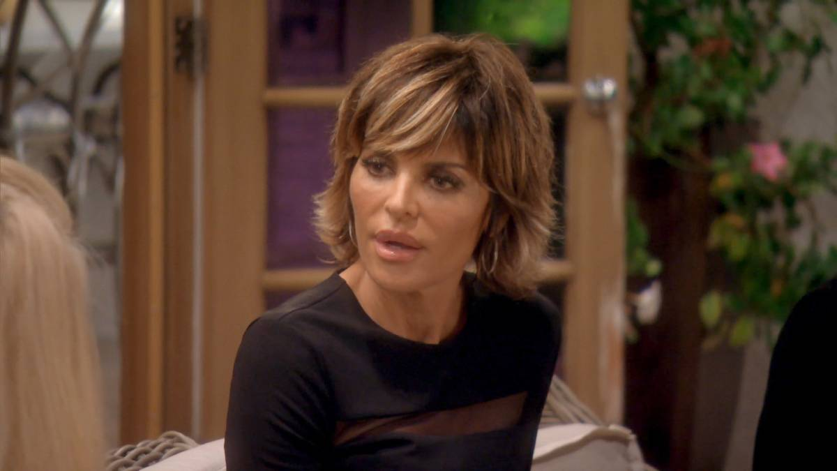 Lisa Rinna films for Real Housewives of Beverly Hills