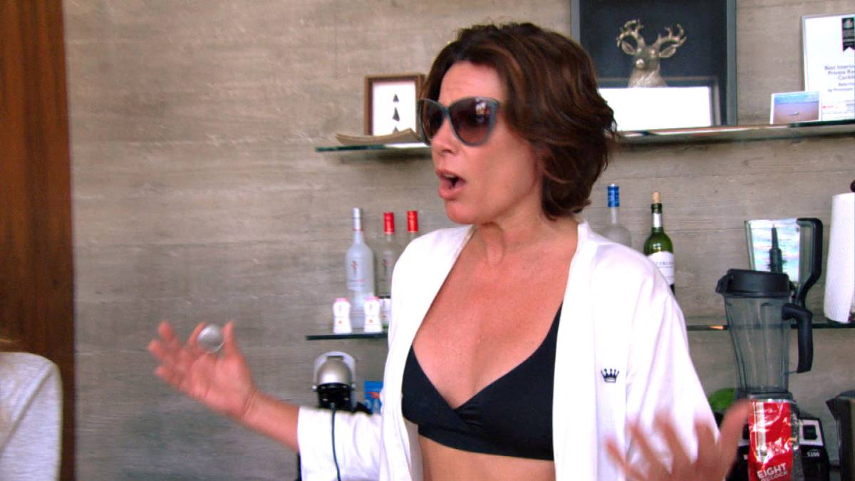 Luann de Lesseps films for RHONY.
