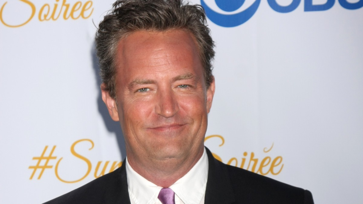 Matthew Perry on the red carpet