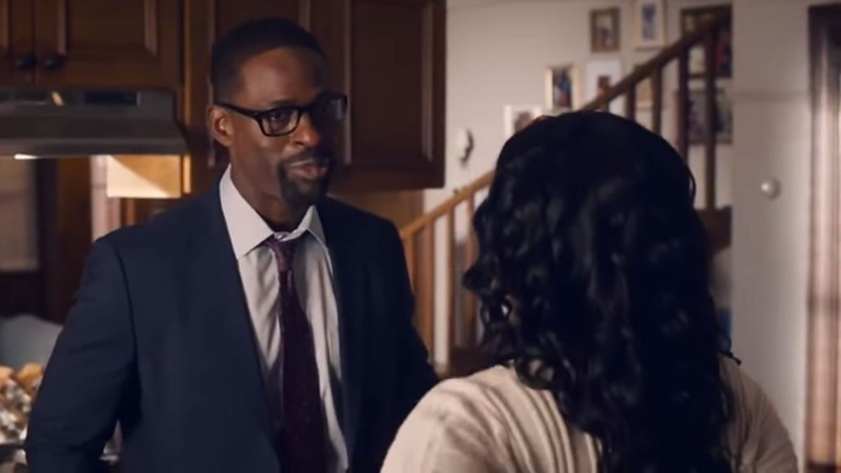 Randall and Beth talk during This Is Us, Season 5, Episode 3.