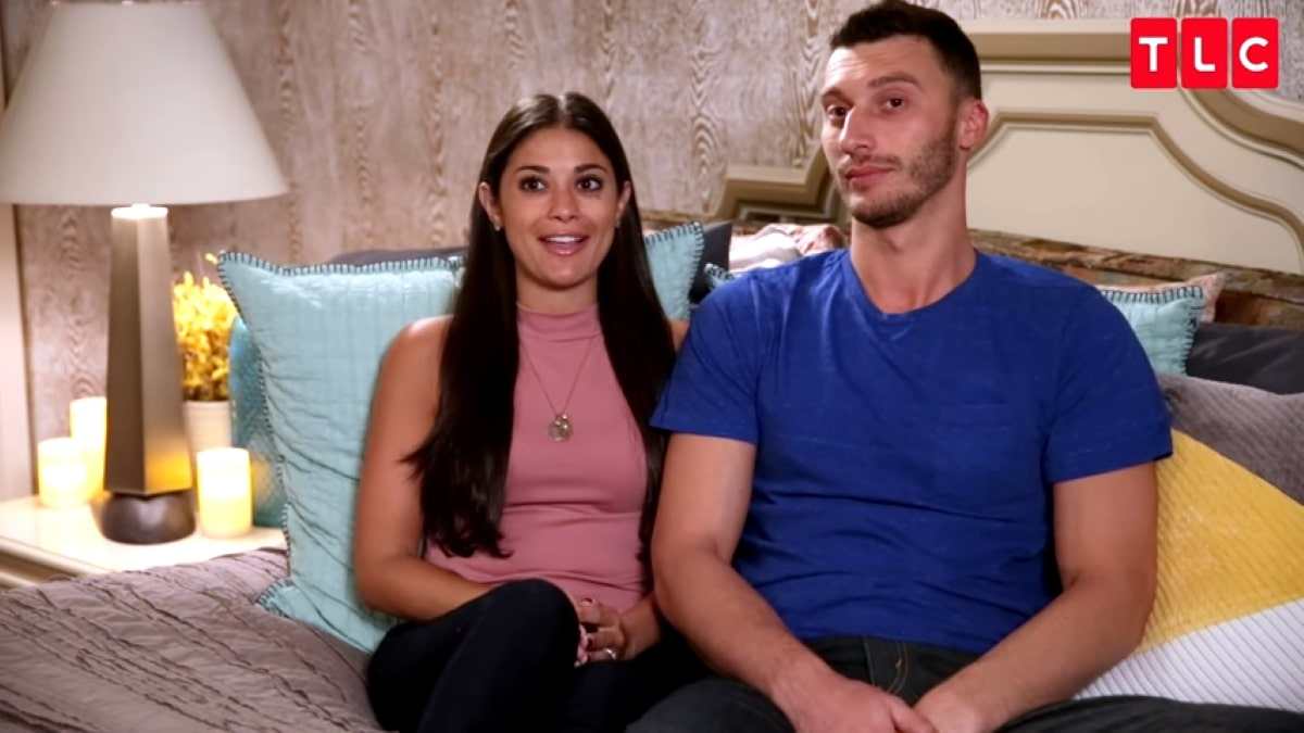 90 Day Fiance couple Loren and Alexei
