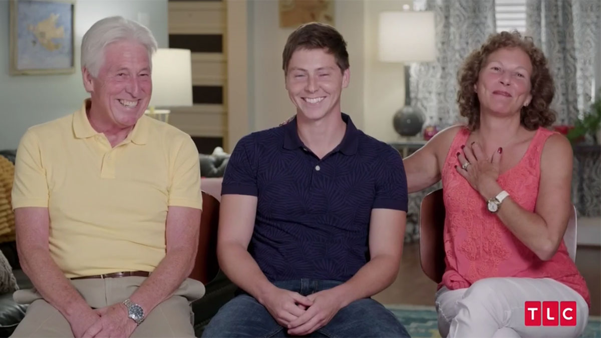 90 day fiance season 8 Brandon with parents smiling