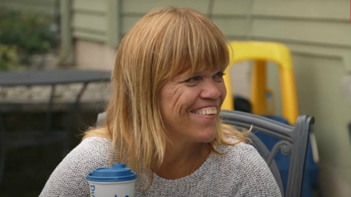 Amy Roloff on the set of Little People, Big World