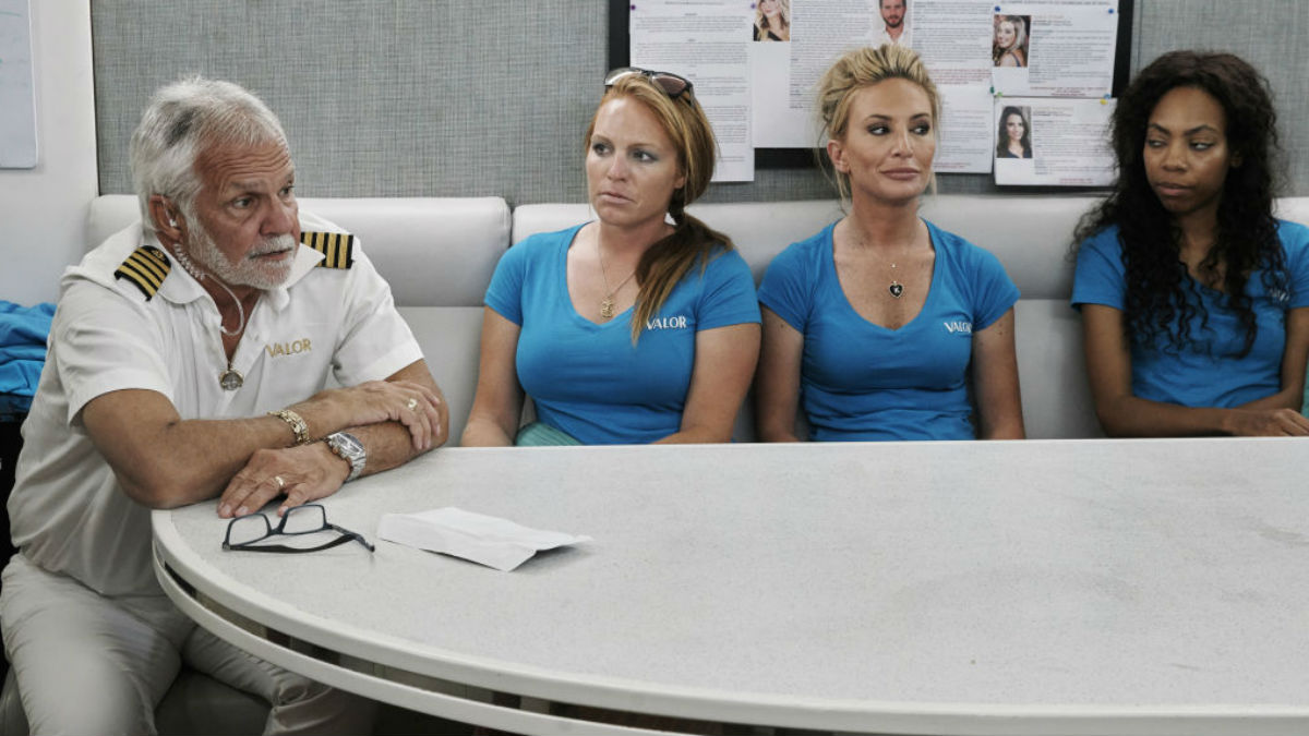 Captain Lee Rosbach shuts down troll over Below Deck Season 7 bullying.
