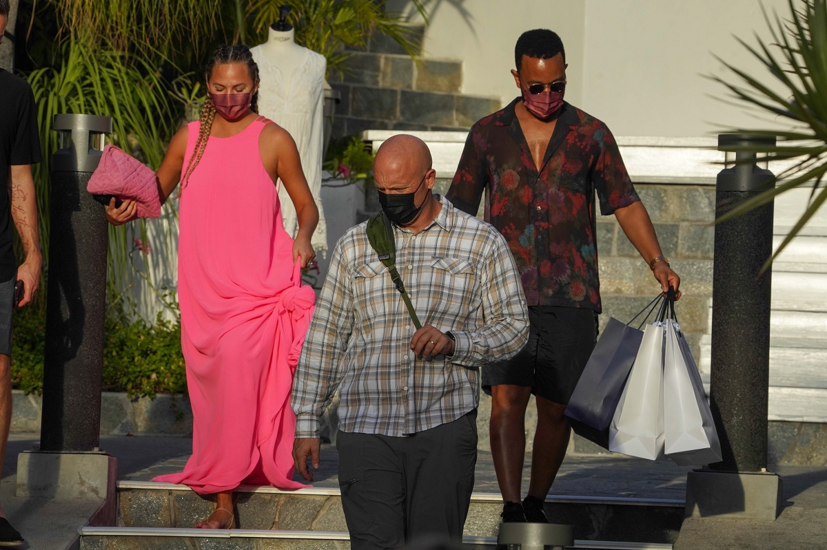 Chrissy Teigen and John Legend go shopping