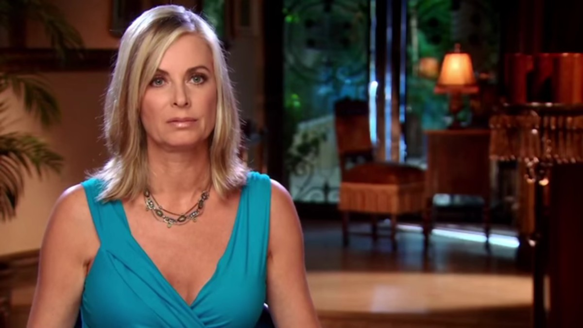 Eileen Davidson on RHOBH in confessional.