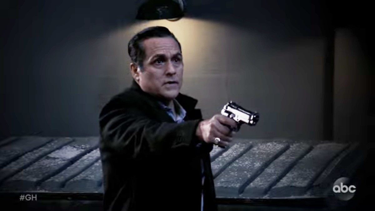 Maurice Benard as Sonny on General Hospital.