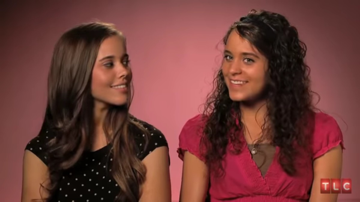 Jessa and Jinger Duggar on 19 Kids and Counting.