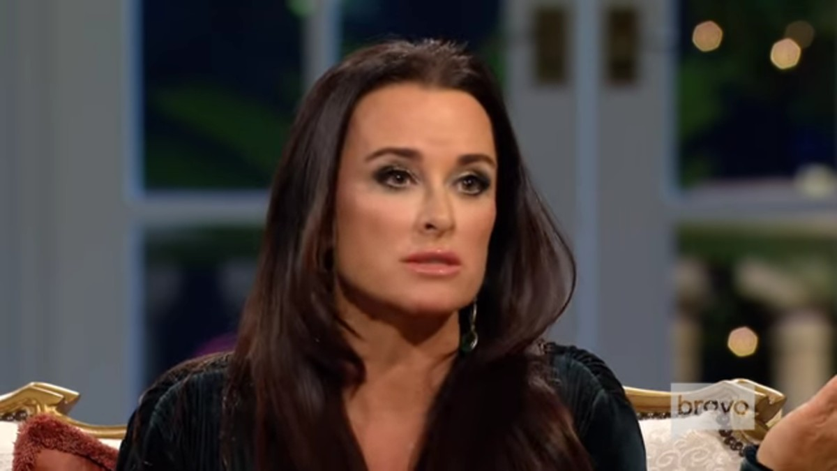 Kyle Richards at Season 3 RHOBH reunion.