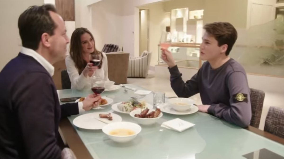 Meredith Marks and family during an episode of RHOSLC