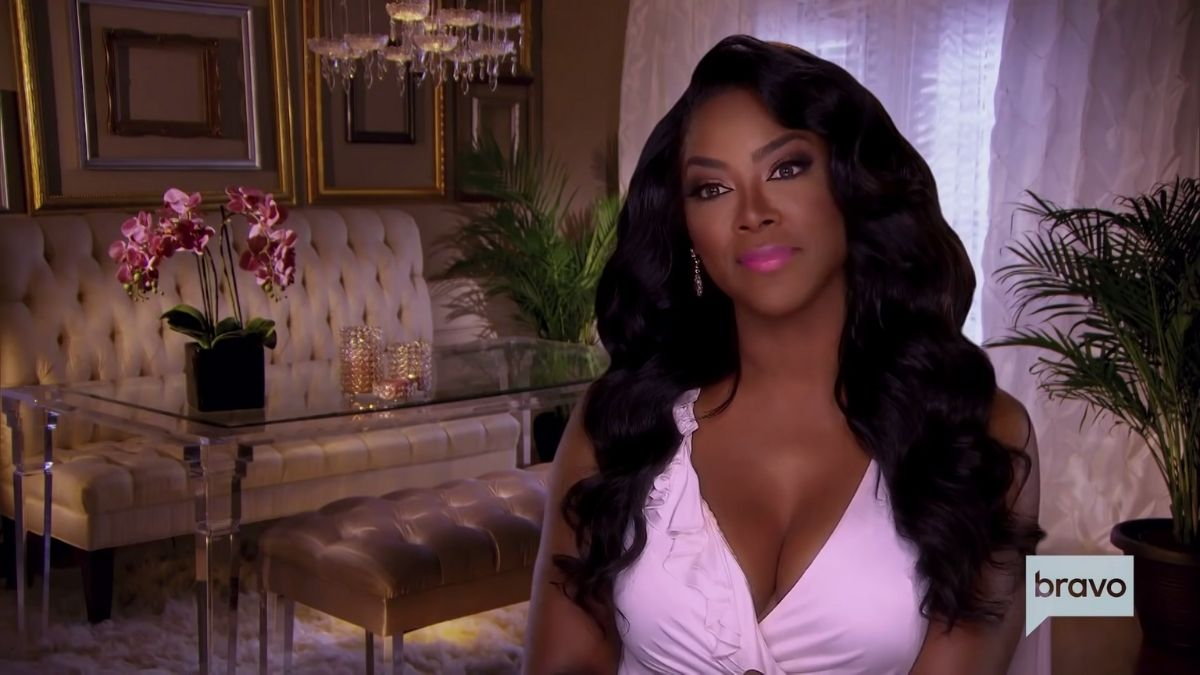 Kenya Moore says her estranged husband, Marc Daly wants to reconcile