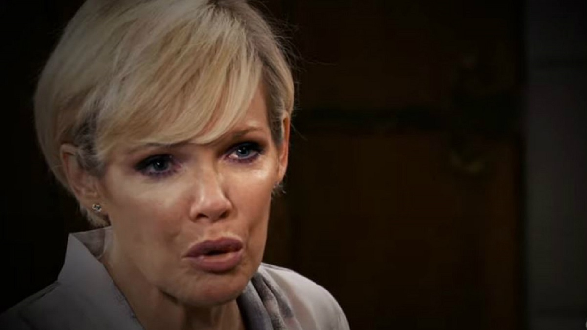 Maura West as Ava Jerome