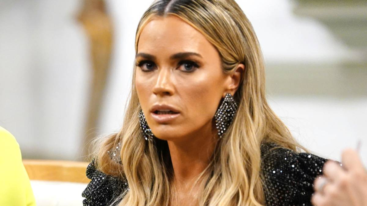 Teddi Mellencamp films for the RHOBH reunion.