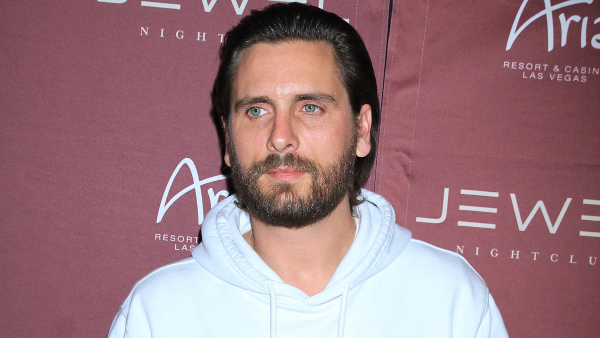 scott disick tells kourtney kardashian he loves her