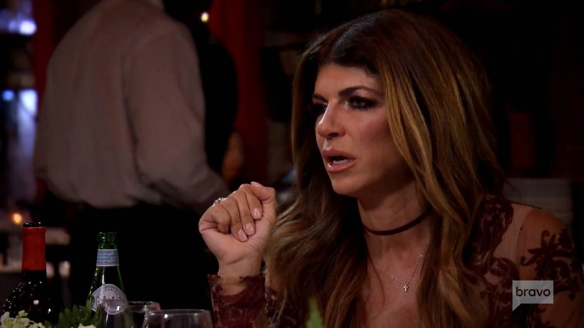 Teresa Giudice loses her cool at bestie Dolores Cantania over Kim D cheating rumors.