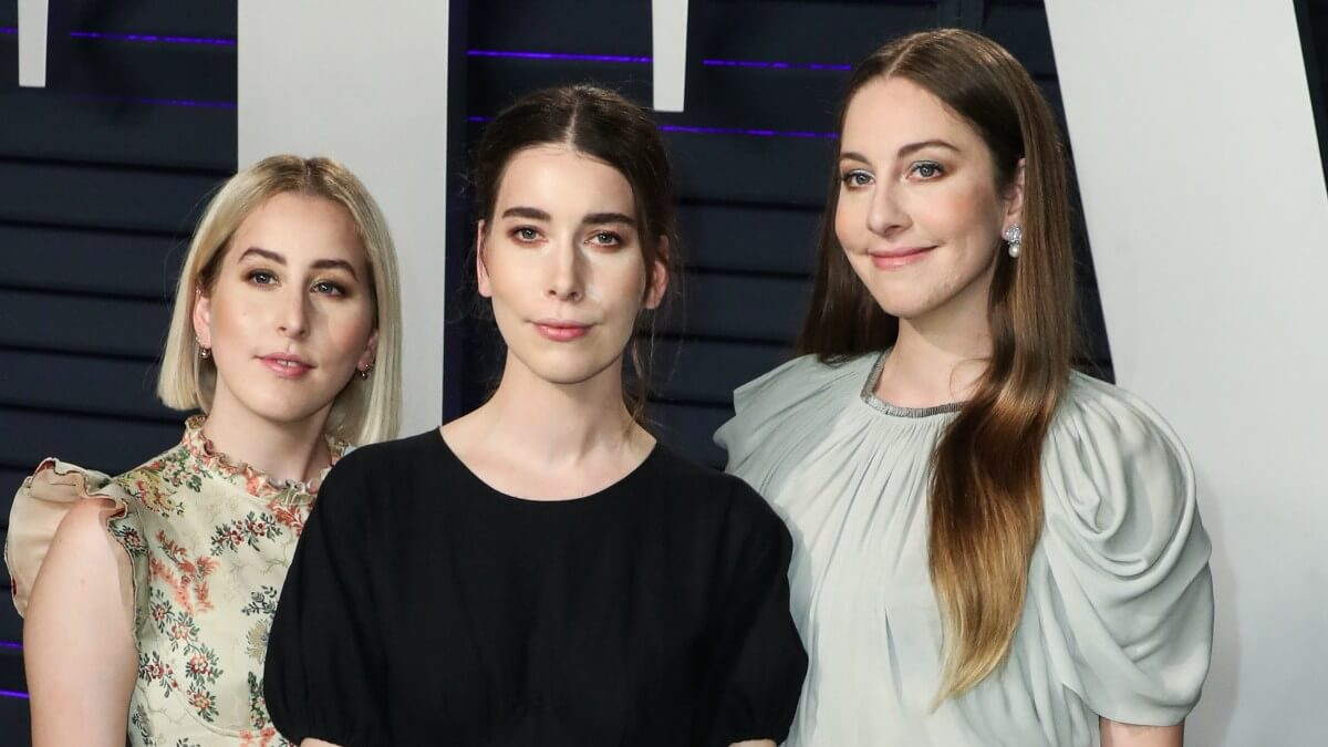 Image of the band Haim