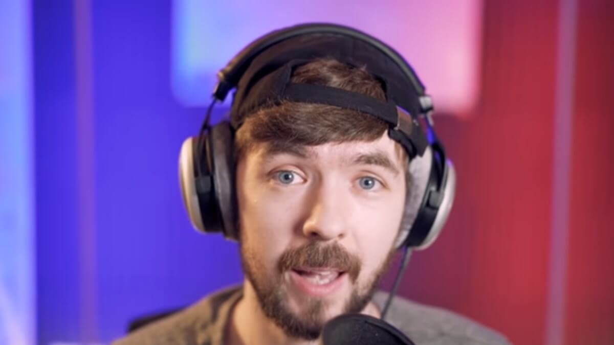 Jacksepticeye performs on his YouTube channel