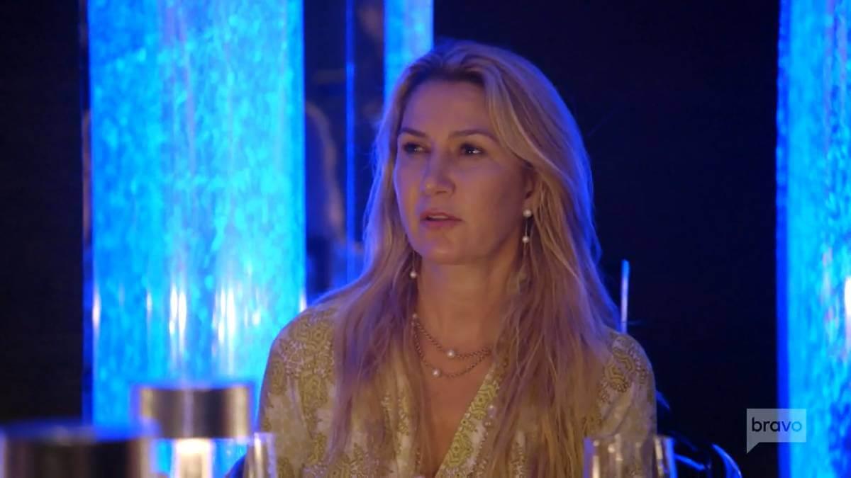 Kary Brittingham at dinner filming for RHOD