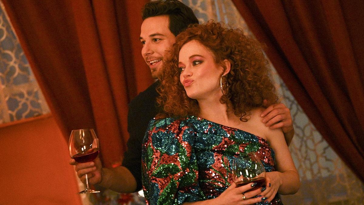 Skylar Astin as Max, Jane Levy as Zoey Clarke in Zoey's Extraordinary Playlist.