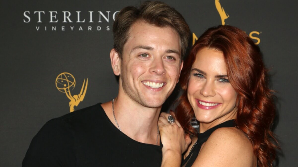 Chad Duell and Courtney Hope on the red carpet.