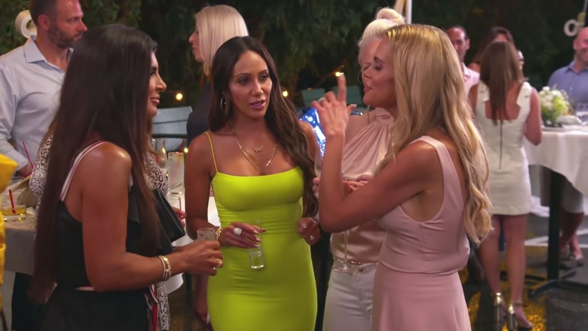 RHONJ cast chime in on Jackie Goldschneider brining up Teresa Giudice's daughter