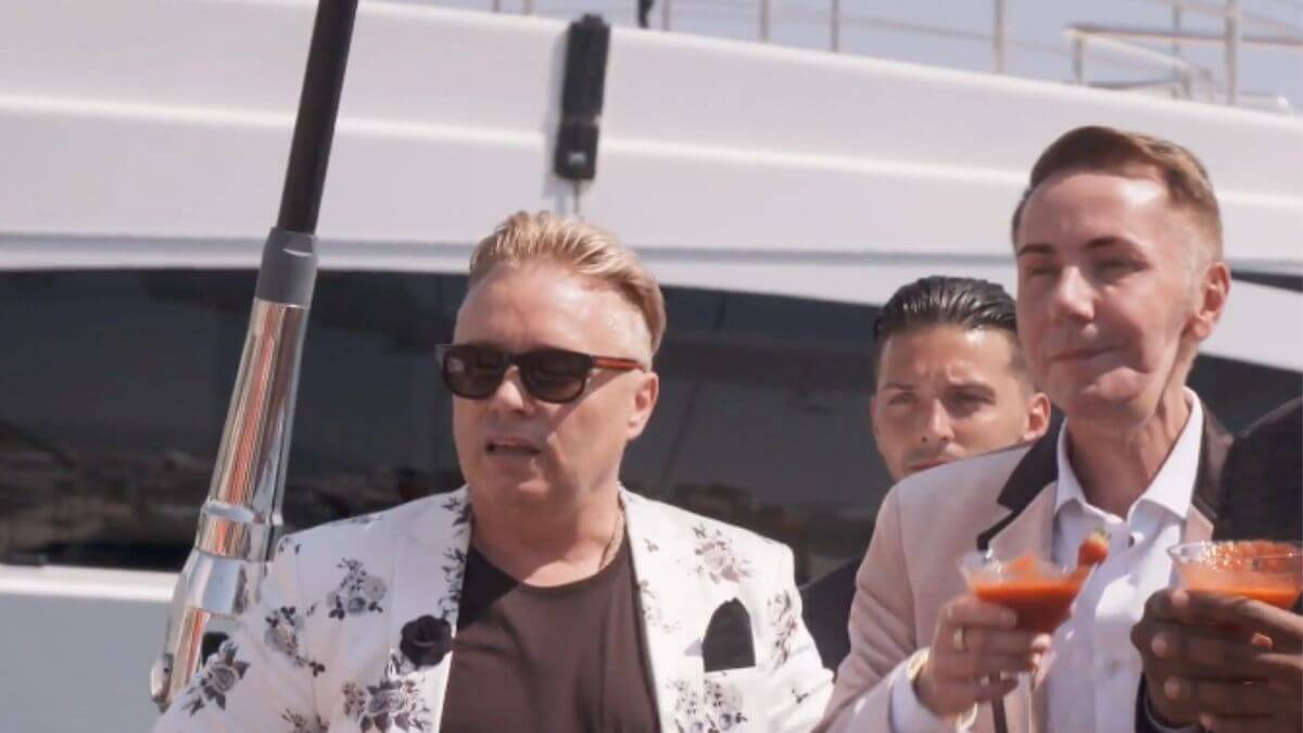 Who are Below Deck Sailing Yacht charter guests Barrie and Tony Drewitt-Barlow?