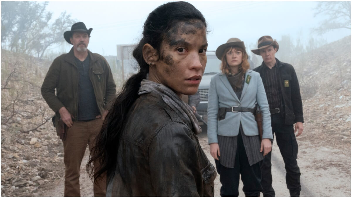Danay Garcia as Luciana, Colby Minifie as Virginia, Justin Smith as Marcus, Craig Nigh as Hill, as seen in Episode 6 of AMC's Fear the Walking Dead Season 6
