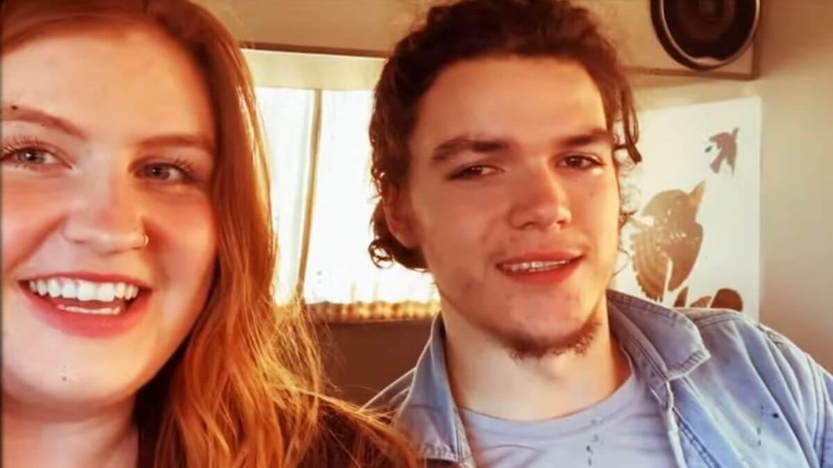 Isabel and Jacob Roloff of Little People Big World on YouTube