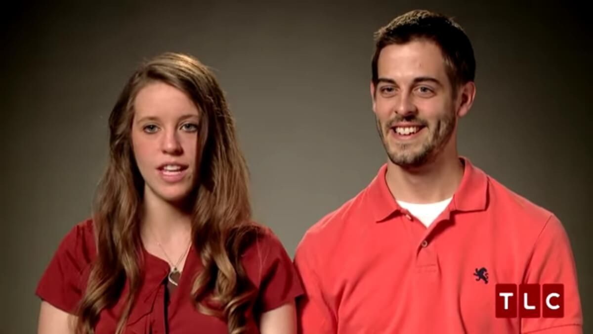 Jill Duggar and Derick Dillard in a 19 Kids and Counting.