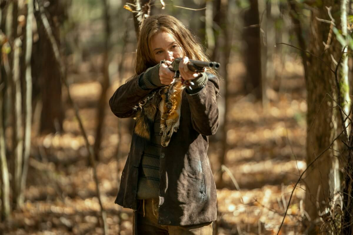 Lynn Collins stars as Leah in Episode 18 of AMC's The Walking Dead Season 10C