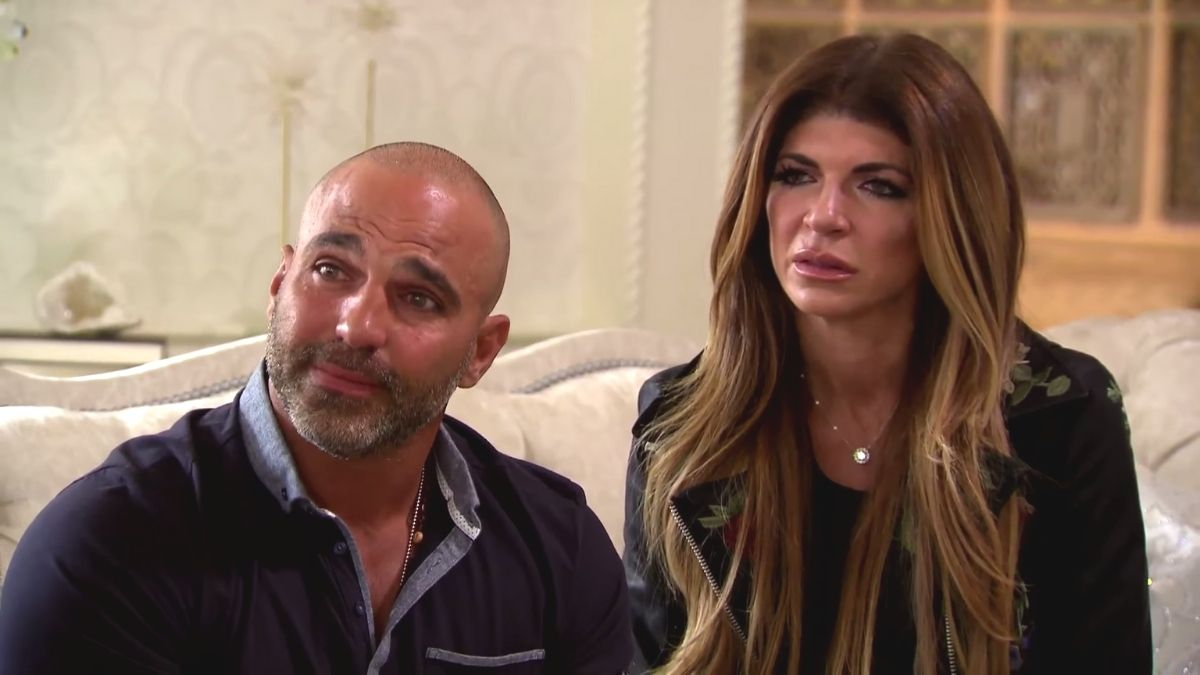 Joe Giudice comes to Teresa Giudice's defense after the spreads cheating rumors about the Goldschneiders