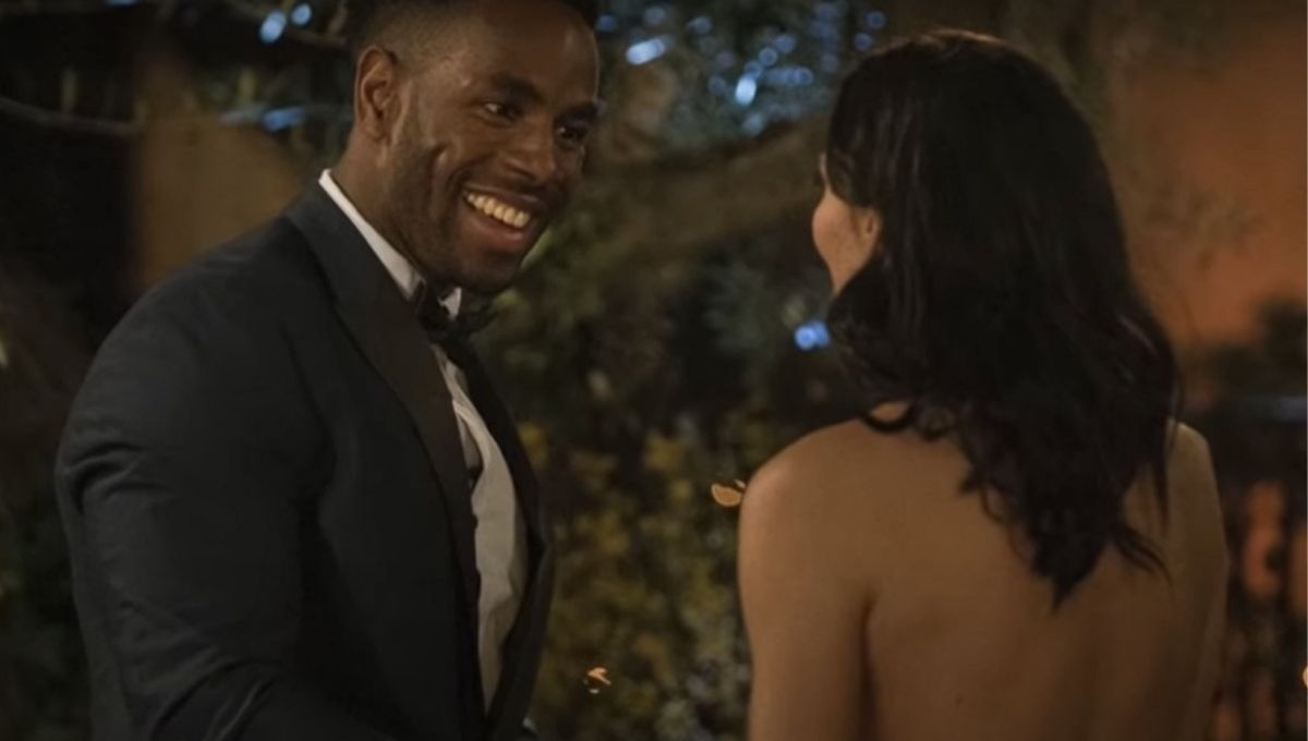 Lincoln Adim meets Becca Kufrin on The Bachelorette