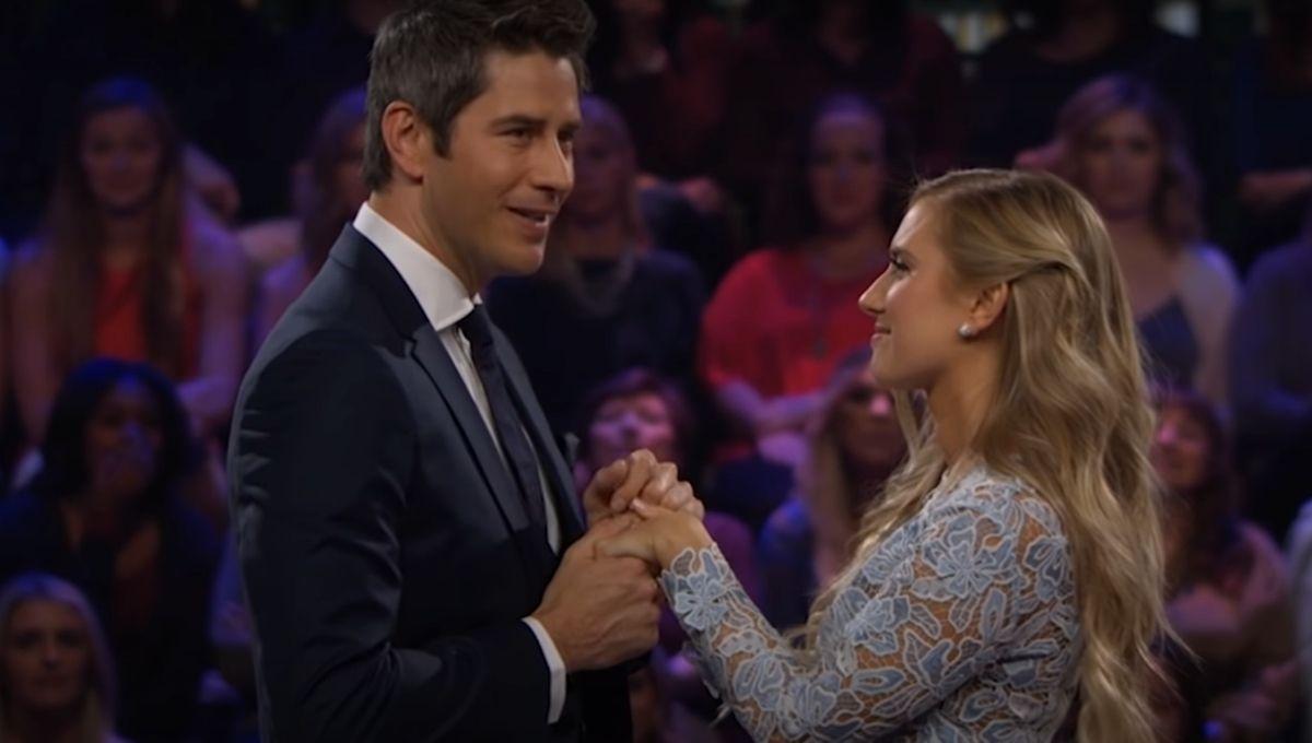Arie Luyendyk Jr proposes to Lauren Burnham