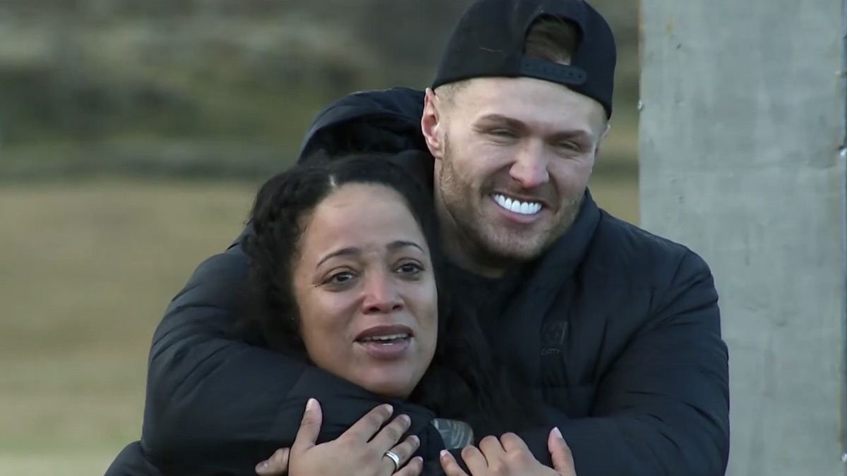 kylie christie with aneesa ferreira on the challenge double agents