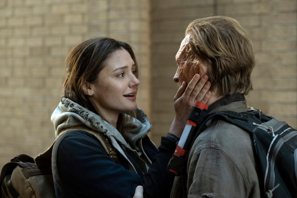 Christine Evangelista as Sherry and Austin Amelio as Dwight, as seen in Episode 3 of AMC's Fear the Walking Dead Season