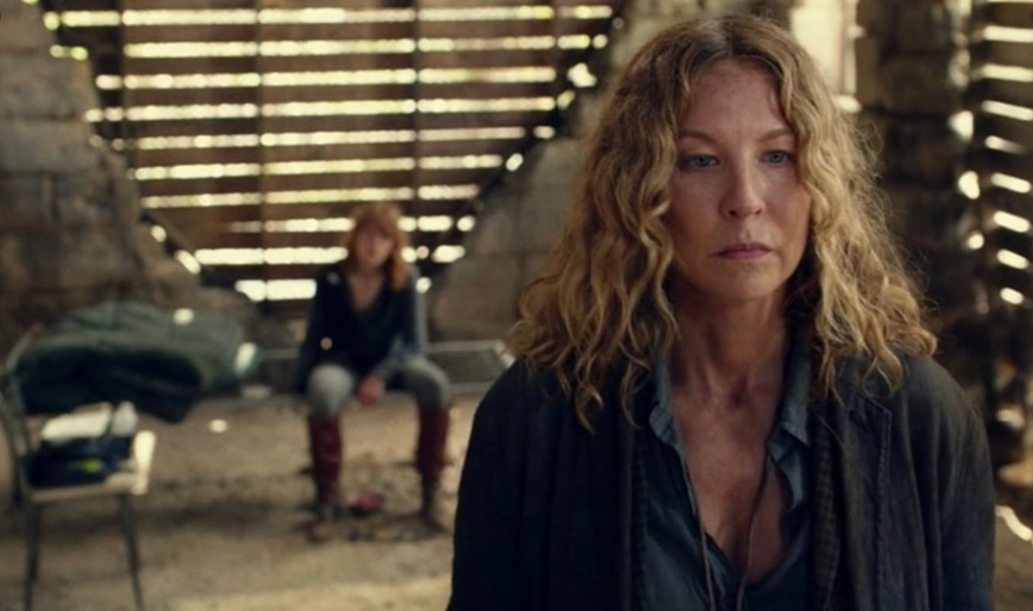 Jenna Elfman as June and Colby Minifie as Virginia (R), as seen in Episode 9 of AMC's Fear the Walking Dead Season 6