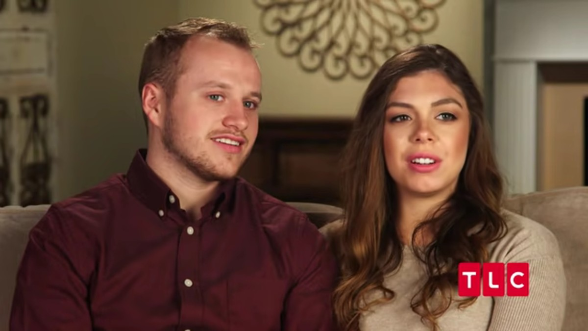 Josiah Duggar and Lauren Swanson in a Counting On confessional