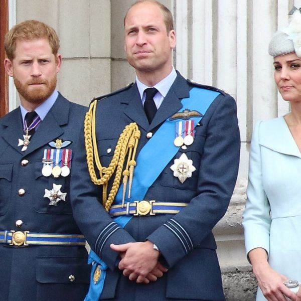 Princes Harry and William spotted chatting after Prince Philip's funeral, Kate appeared to help break the ice