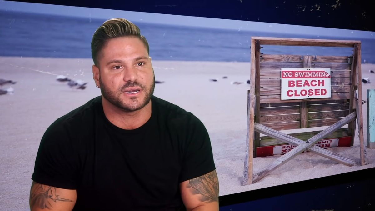 Ronnie Ortiz-Magro on an episode of Jersey Shore Family Vacation