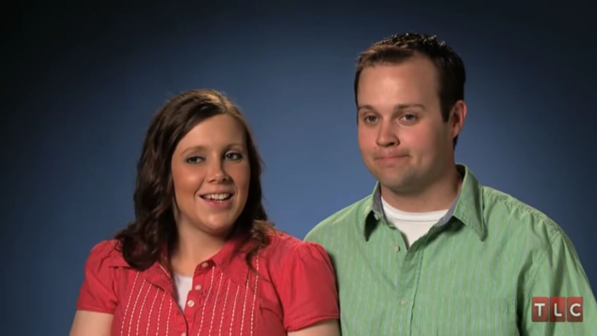 Anna Duggar and Josh Duggar in 19 Kids and Counting confessional.