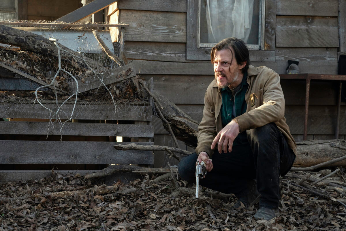 Craig Nigh as Hill, as seen in Episode 13 of AMC's Fear the Walking Dead Season 6