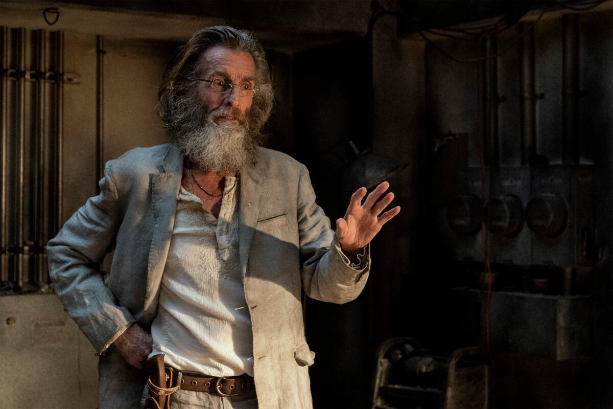 John Glover stars as Teddy, as seen in Episode 11 of AMC's Fear the Walking Dead
