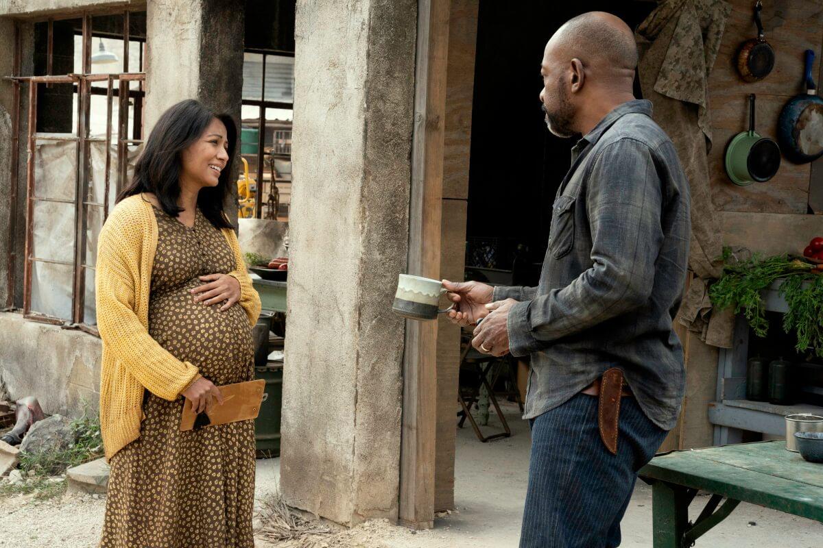 Karen David as Grace and Lennie James as Morgan Jones, as seen in Episode 10 of AMC's Fear the Walking Dead