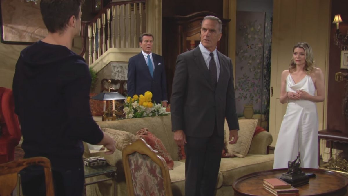 The Young and the Restless spoilers tease the Abbott's gather for Harrison's DNA results.