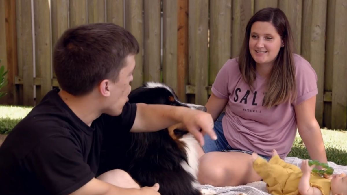 Zach, Tori and Lilah Roloff of LPBW