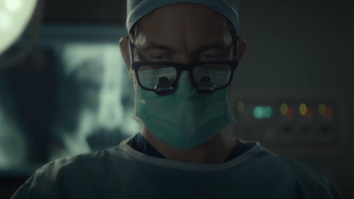 joshua jackson as dr christopher duntsch in dr death